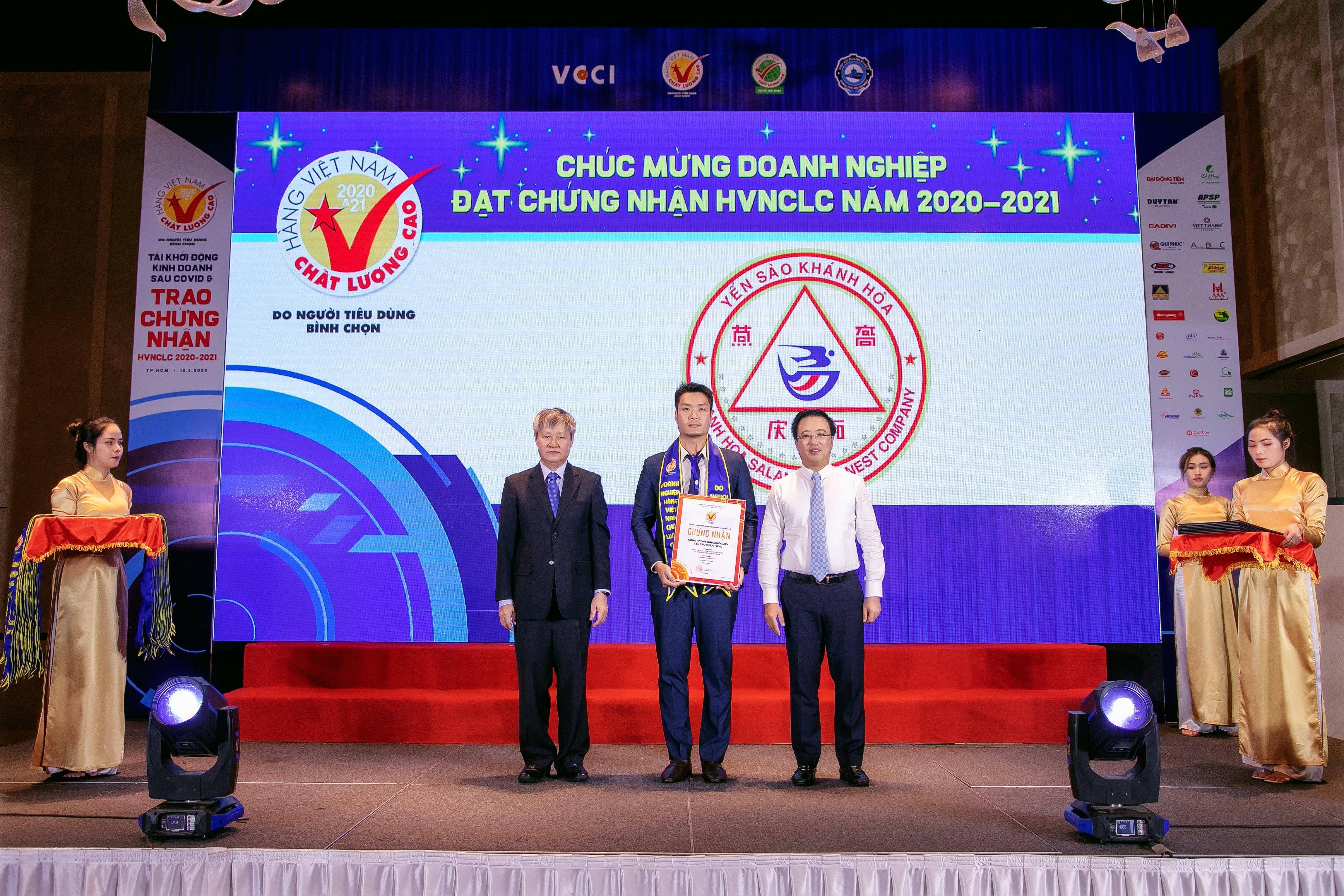 Yến sào Khánh Hòa lần thứ 12 Nhận Danh hiệu Hàng Việt Nam chất lượng cao