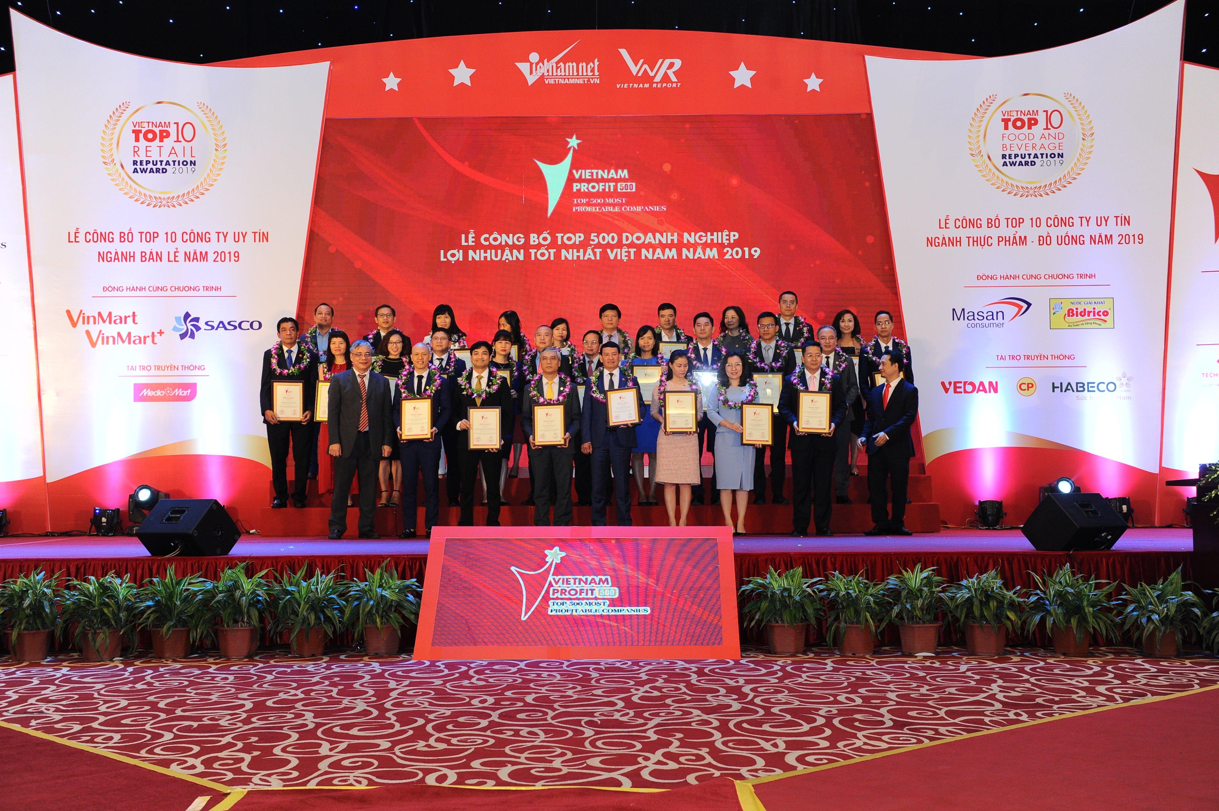 Lễ công bố BXH PROFIT500 & Top 10 Công ty uy tín các ngành năm 2020