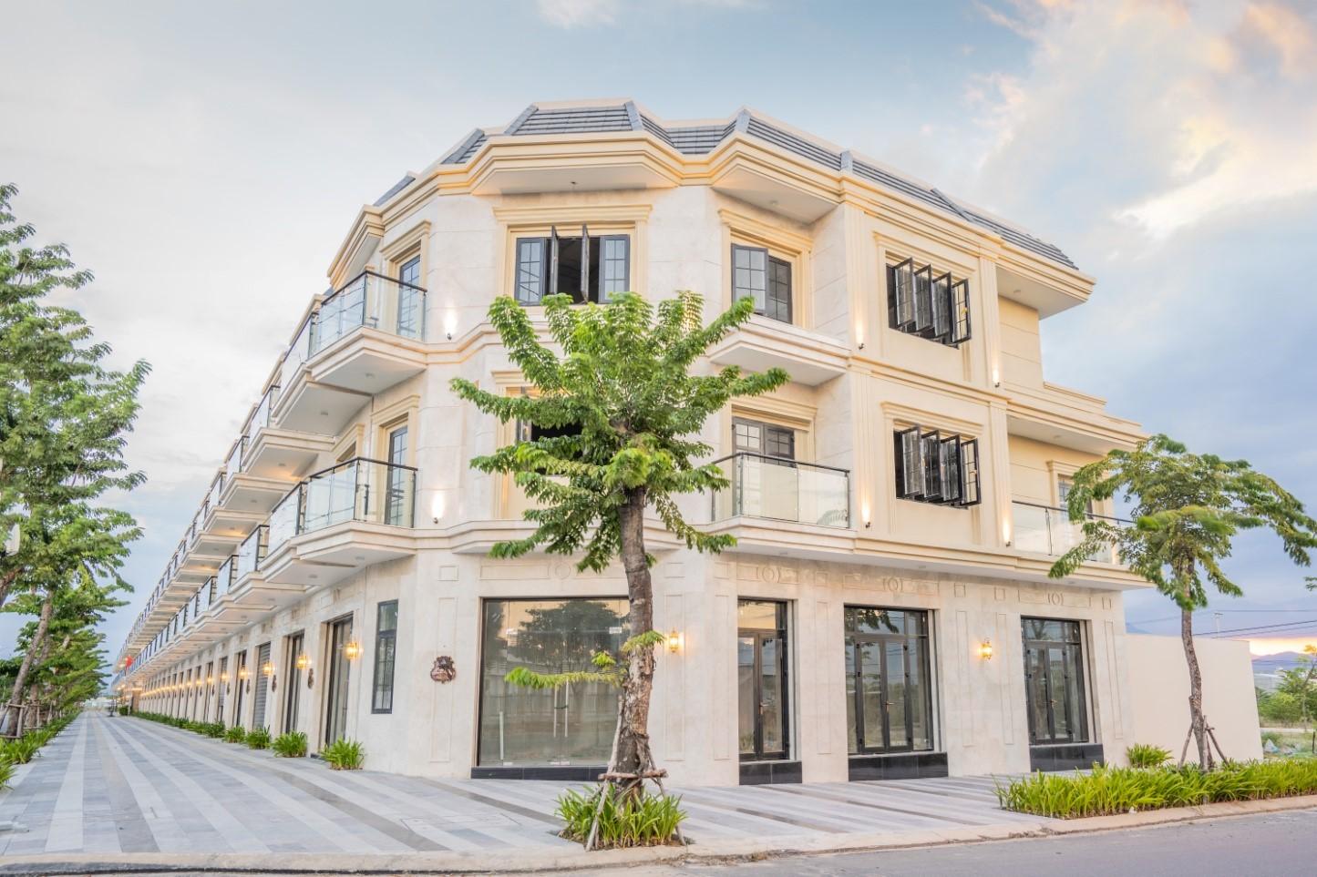 200 căn nhà phố kinh doanh kết hợp ở tại Đà Nẵng sang tên cho khách hàng chỉ sau 12 tháng