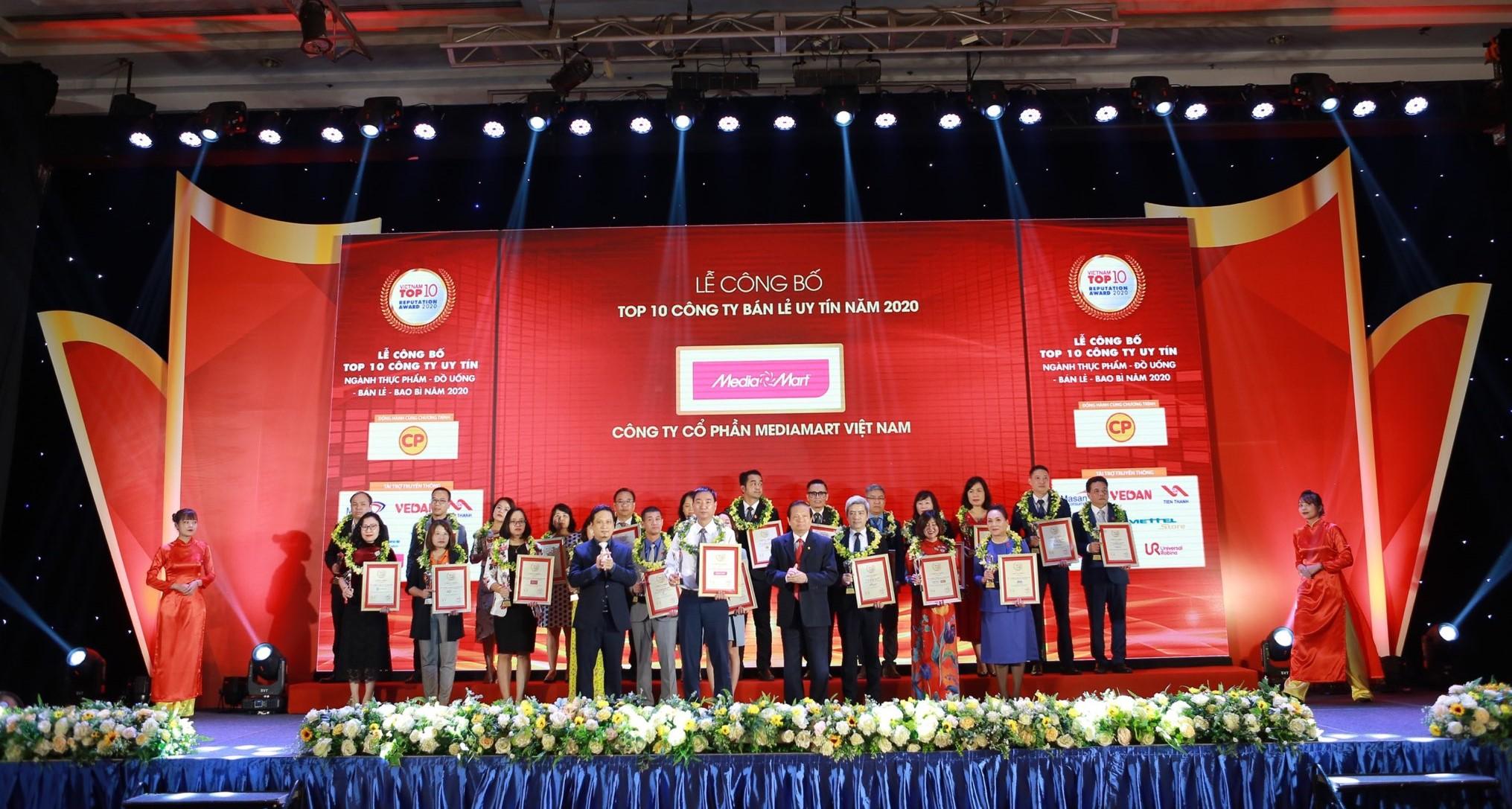 MediaMart được vinh danh 'Top 10 nhà bán lẻ uy tín Việt Nam' trong 3 năm liên tiếp