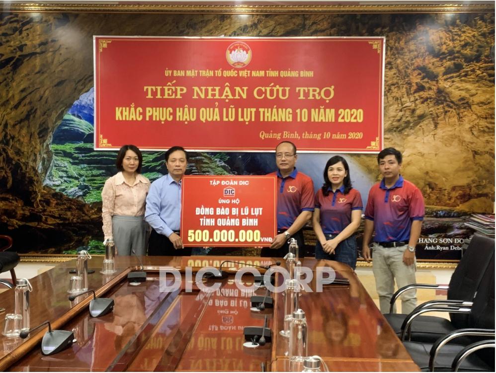 Tập đoàn DIC ủng hộ 500 triệu đồng cho đồng bào miền Trung