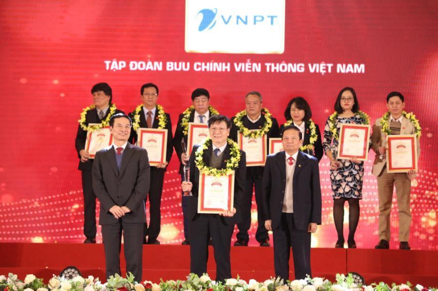 VNPT được vinh danh trong 50 doanh nghiệp xuất sắc, tiêu biểu nhất của VNR500 năm 2020