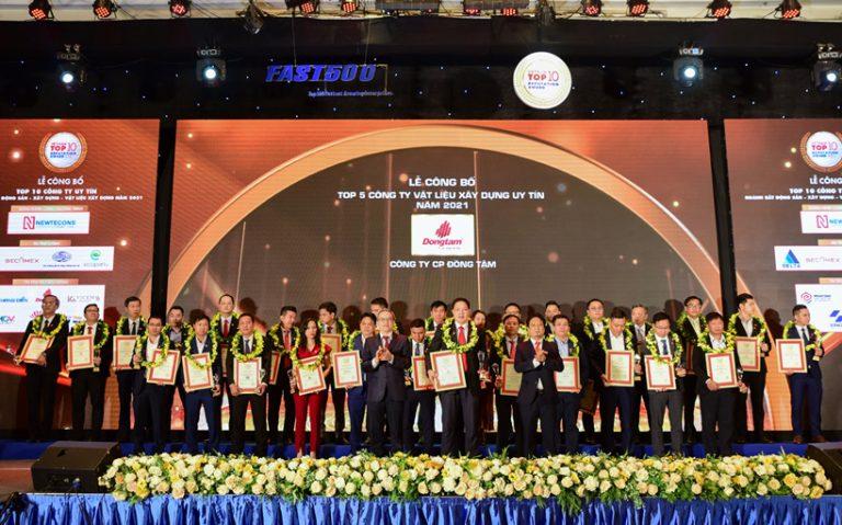 Đồng Tâm Group vinh dự đạt danh hiệu Top 5 Công ty Vật liệu xây dựng uy tín năm 2021