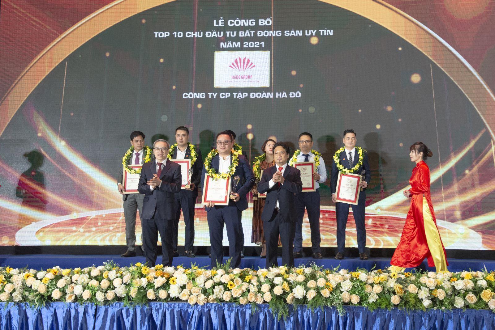 Tập đoàn Hà Đô lần thứ 5 được vinh danh trong Top 10 Chủ đầu tư Bất động sản uy tín Việt Nam