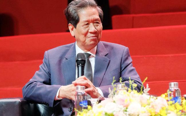 Tổng giám đốc 78 tuổi và hành trình vượt qua nỗi sợ chuyển đổi số ở Rạng Đông
