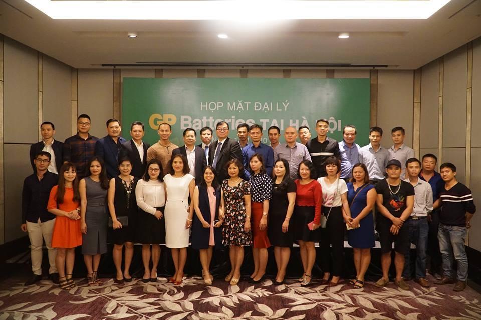Công ty CP Máy tính Vĩnh Xuân tham gia họp mặt đại lý GP Batteries tại Hà Nội