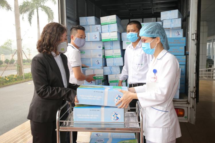 FrieslandCampina Việt Nam đóng góp 2 tỷ đồng chống Covid-19