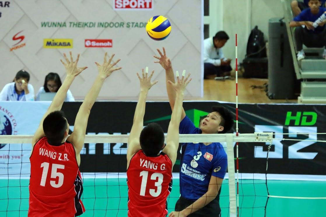 Tu Thanh Thuan guides classy Sanest Khanh Hoa to straight-set win over Sichuan