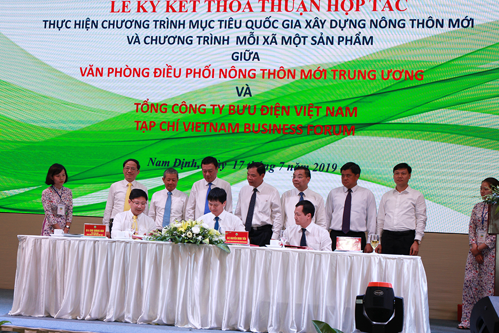 Bưu điện Việt Nam chung tay xây dựng Nông thôn mới