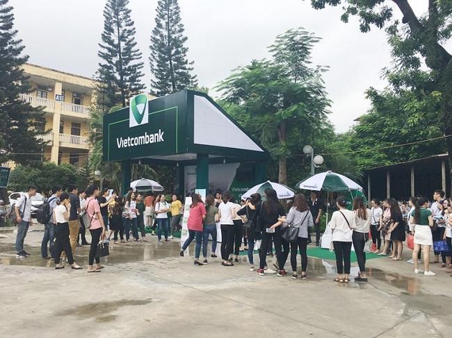 Vietcombank chào đón tân sinh viên 2017, tiếp tục đưa VCB đến gần hơn với sinh viên
