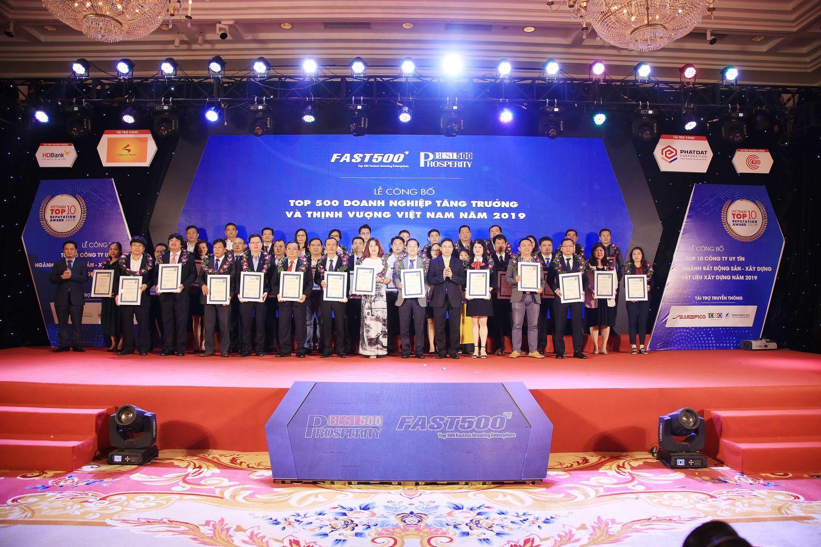 Taseco airs vinh dự được công nhận  là một trong 500 DN  thịnh vượng nhất Việt Nam