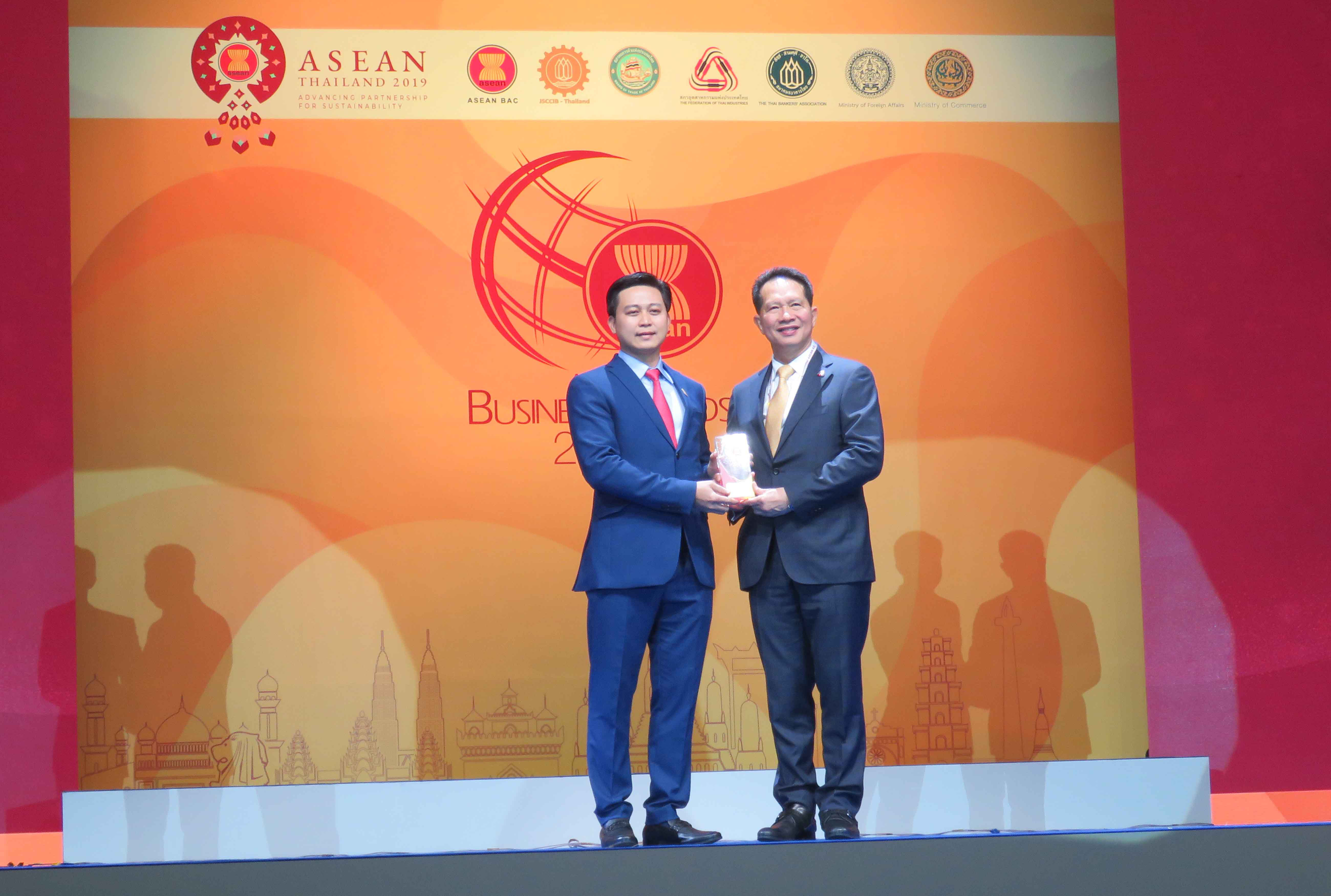 Yến sào Khánh Hoà nhận giải thưởng Doanh Nghiệp ASEAN (ABA)