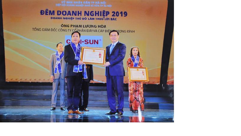 Doanh nhân Phạm Lương Hòa/ CTHĐQT CADI-SUN đón nhận Huân chương lao động hạng Nhì