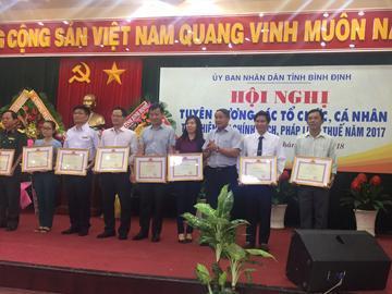 Công ty cổ phần xây dựng 47 nhận bằng khen của Cục thuế tỉnh Bình Định