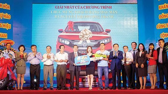 Khách hàng trúng giải Sanest Khánh Hòa - niềm tự hào thương hiệu Việt Nam tại Đắk Lắk
