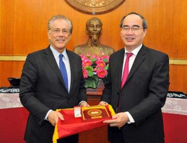 GS. Nguyễn Thiện Nhân tiếp GS. Malik trong chuyến thăm Việt Nam.