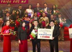 Hưng Thịnh Corp trao tặng 1 tỷ đồng cho Quỹ Bảo trợ trẻ em Việt Nam