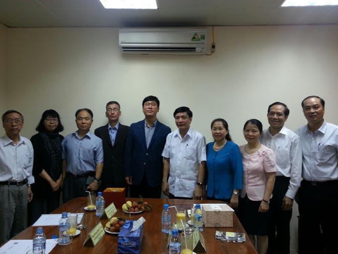 Chủ tịch Tổng LĐLĐVN tiếp xã giao Đoàn Đại biểu LHCĐ Hàn Quốc (FKTU)
