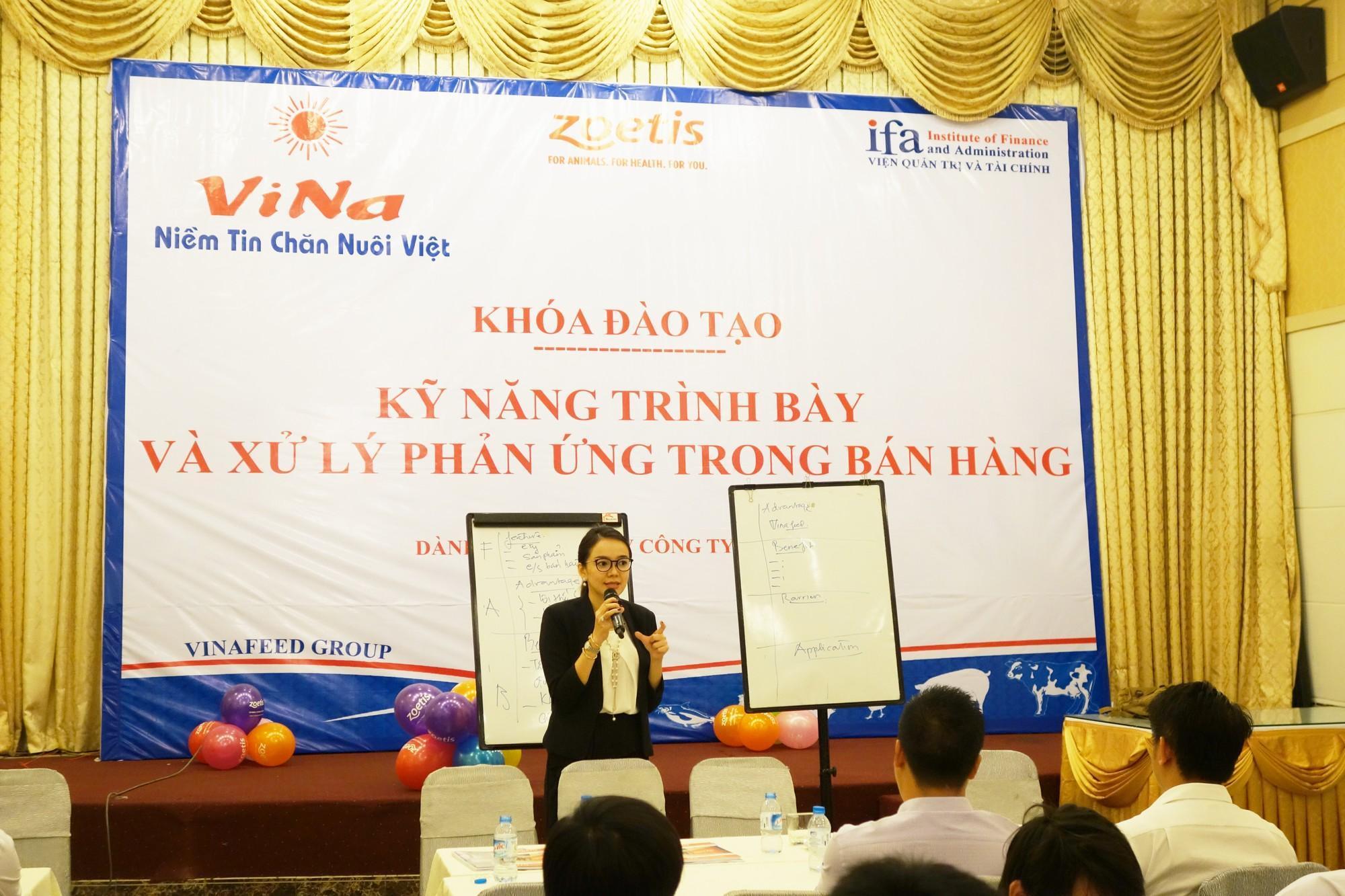 Công ty TNHH ViNa tổ chức thành công khóa tập huấn cho nhân viên bán hàng