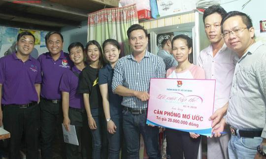 Công ty Phát Tiến trao 10 căn phòng mơ ước cho công nhân khó khăn