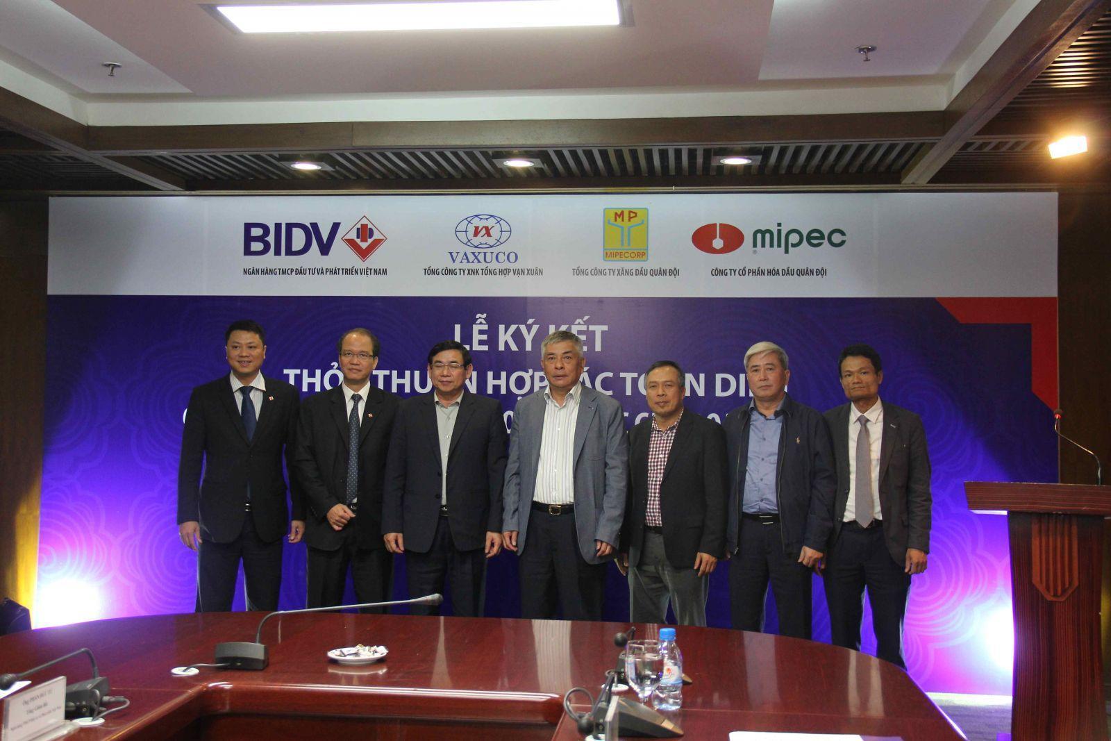 Lễ ký kết thỏa thuận hợp tác toàn diện giữa Mipec, Vaxuco, Mipecorp và BIDV