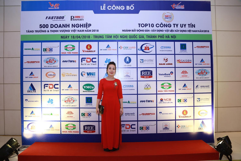 Sotrans lọt Top 50 Doanh nghiệp tăng trưởng xuất sắc nhất Việt Nam năm 2018