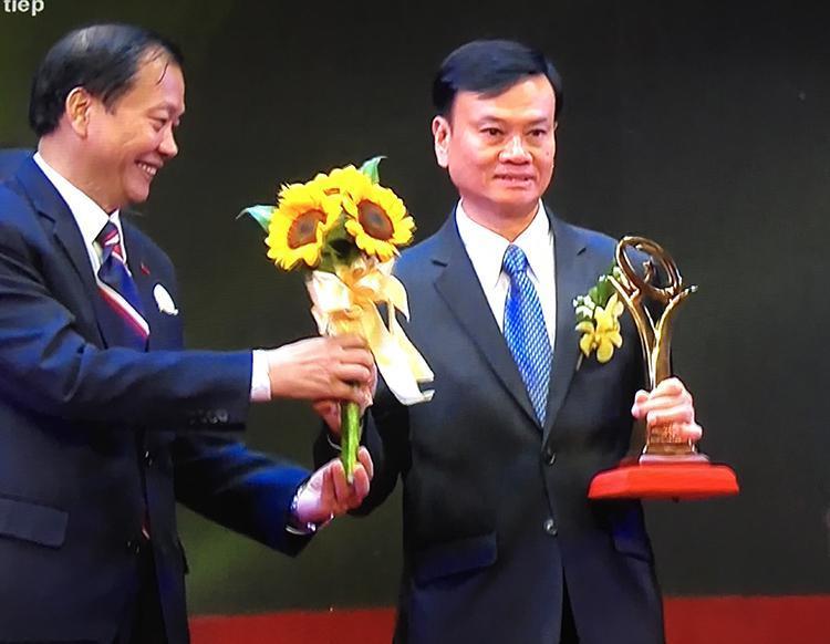 Tôn Đông Á nhận Giải Vàng Giải thưởng chất lượng Quốc gia năm 2015