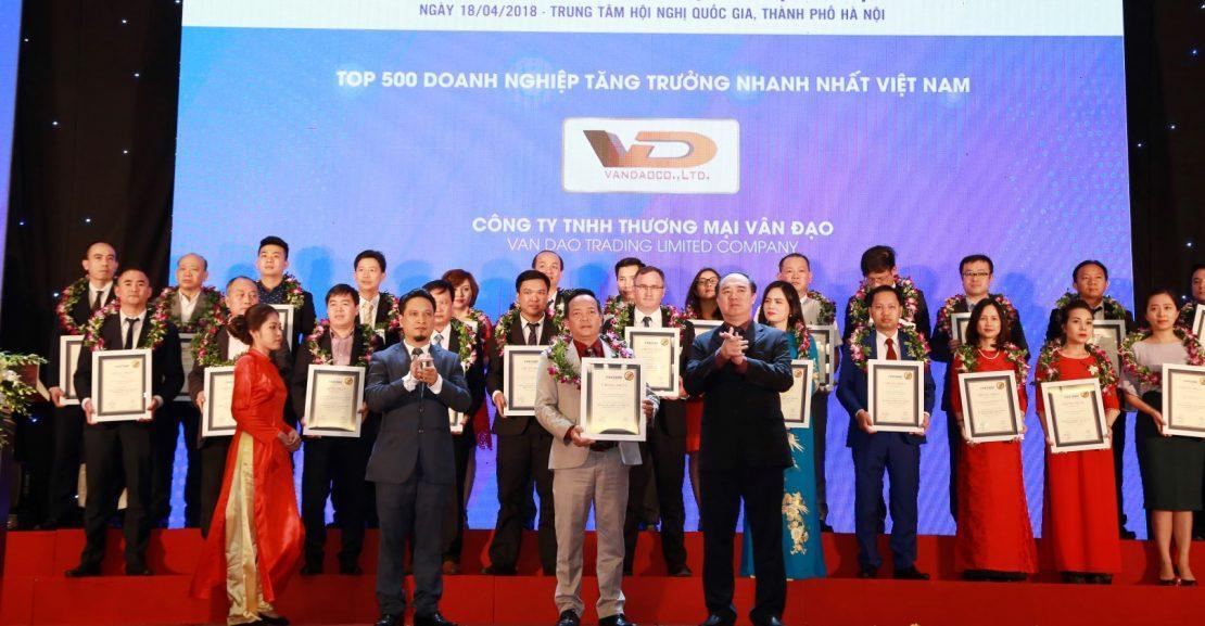 Công ty Vân Đạo lọt Top 20/500 Doanh nghiệp tăng trưởng nhanh nhất Việt Nam