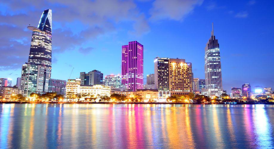 3 yếu tố thuận lợi giúp Việt Nam có thể phát triển giống như Singapore, nhưng với quy