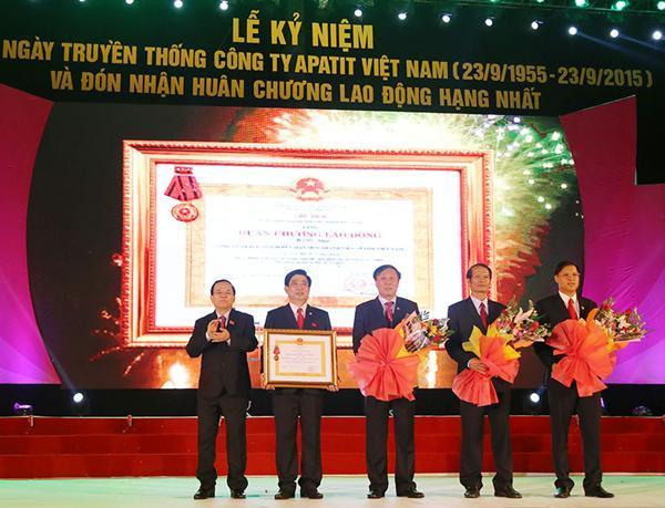 Công ty TNHH MTV Apatít Việt Nam kỷ niệm 60 năm Ngày truyền thống