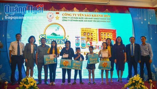 Lễ trao giải Sanest Khánh Hòa niềm tự hào thương hiệu Việt