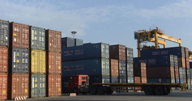Bloomberg: Việt Nam đang thắng thế trước các đối thủ Châu Á trên thị trường EU